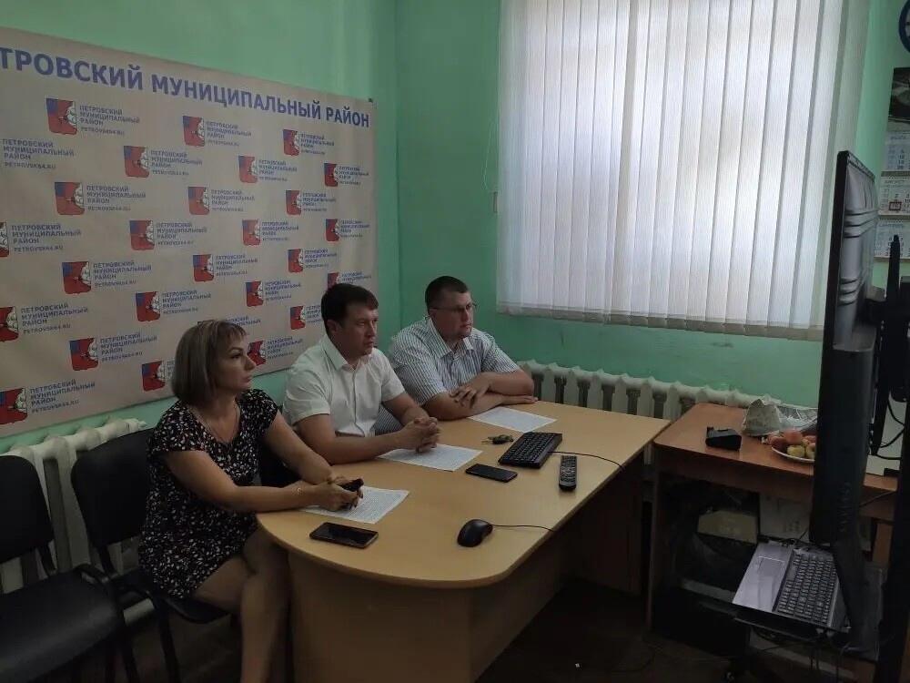 Петровчане поучаствовали в областном форуме и обсудили передачу детской школы искусств в ведение министерства культуры региона