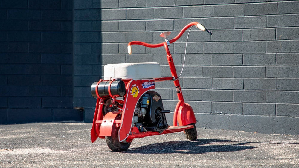 Скутер Doodle Bug
