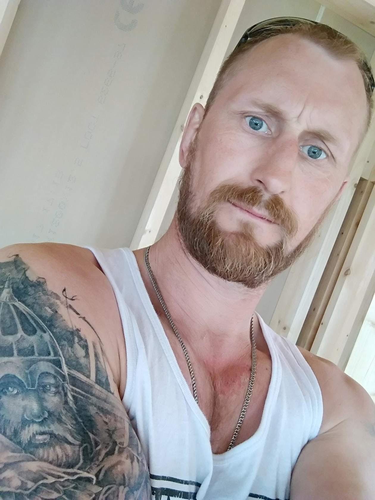 Андрей, 46, Kizner