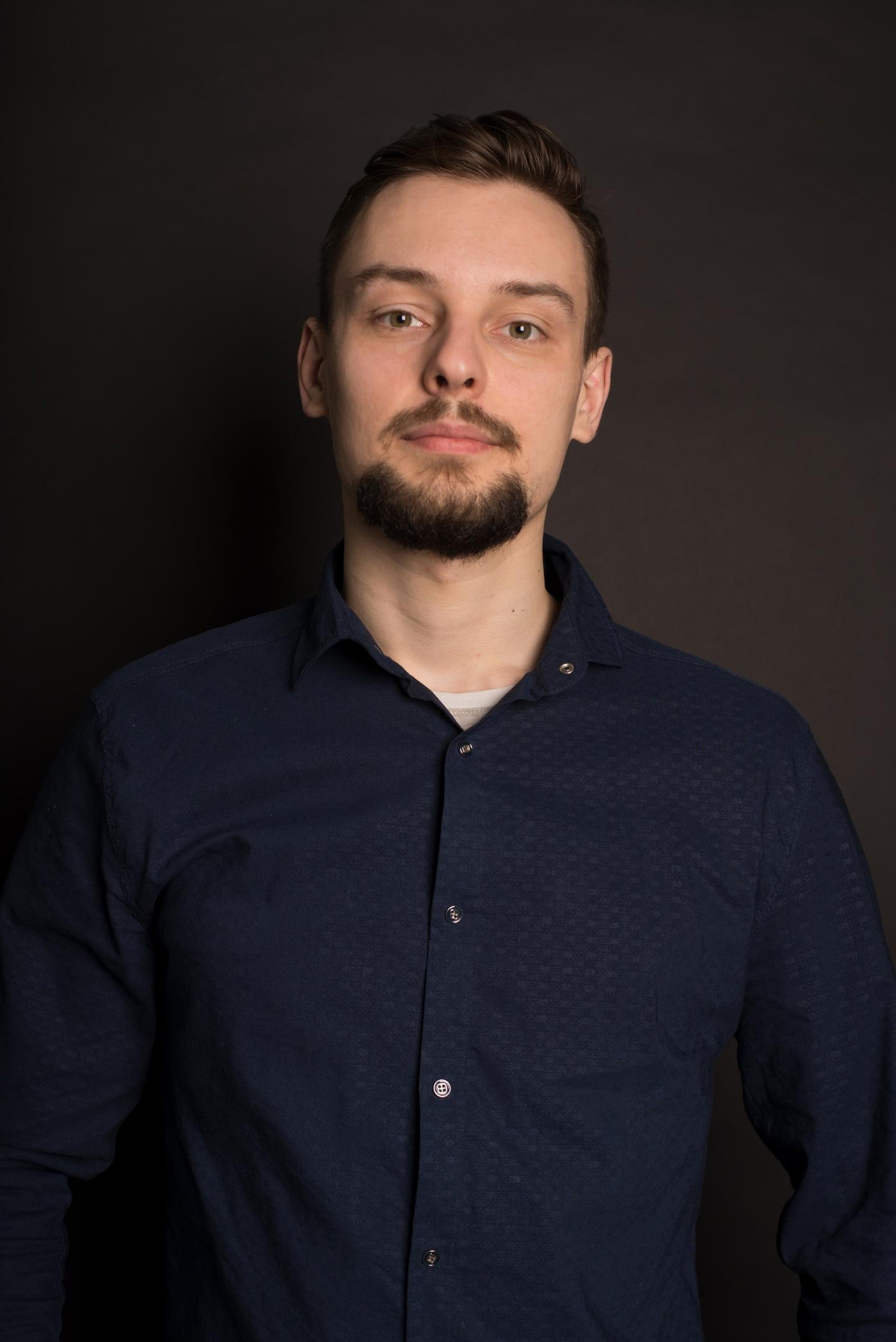 Антон, 24, Yalta