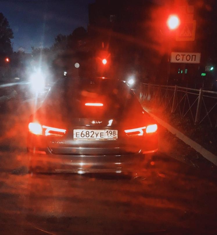 Попался такой водятел. Двигаясь по Мичурина на выезд с города ,этот тип выезжает...