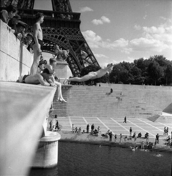Чёрно-белое фото 1962 года.