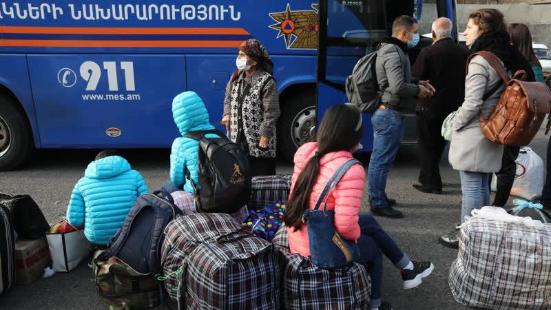 В Степанакерт за сутки вернулись почти две тысячи человек