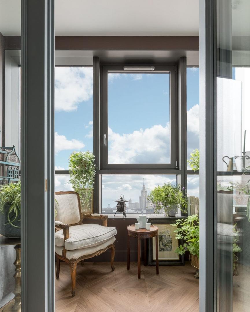Квартира с антикварной мебелью по проекту Аллы Шумейко, 92 м²