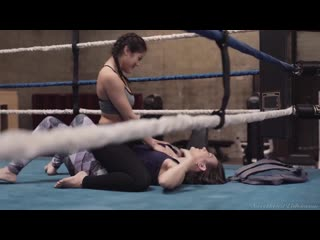 [SweetheartVideo] Sinn Sage & Kendra Spade - Lesbian Strap-On Bosses 4 Scene 2 (19 12 30)