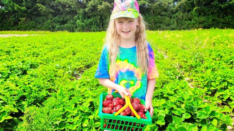 Английский для всех Picking Fresh Strawberries at the Farm Emily's English