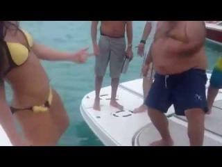 Лето не за горами: Карибское море.Батл Катя Волкова и крутой толстяк