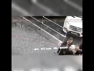Футболисты кокорин и мамаев жестоко избивают виталия соловчука