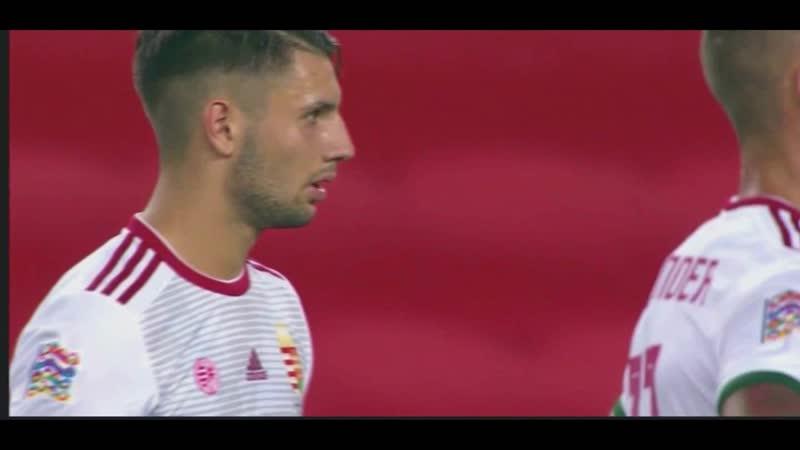 Гол Доминика Собослаи со штрафного удара в матче против сборной Турции